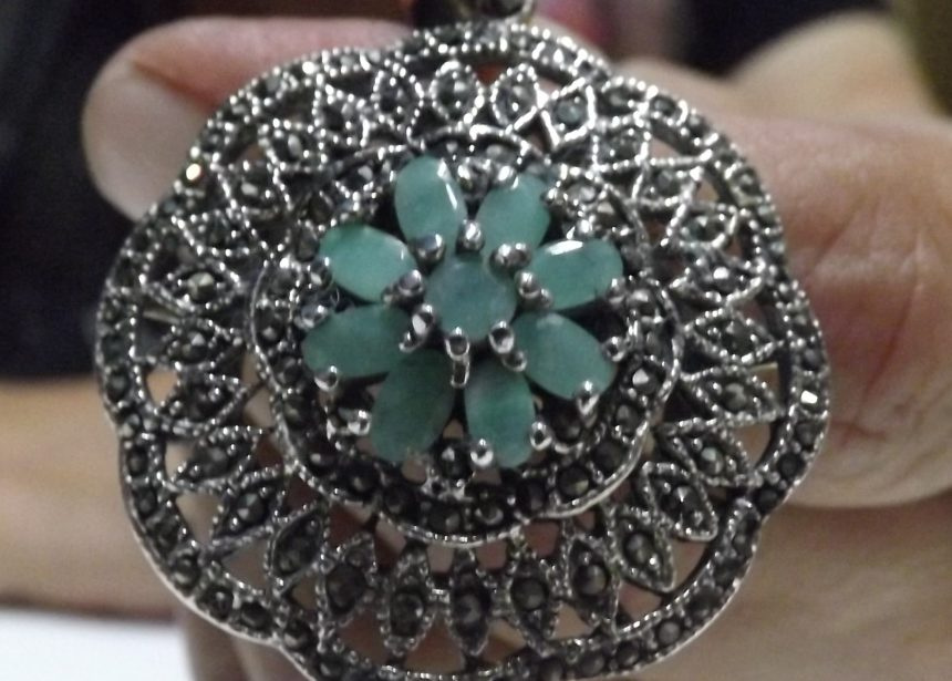 Ciondolo argento 925 Fiore di smeraldi e zirconi