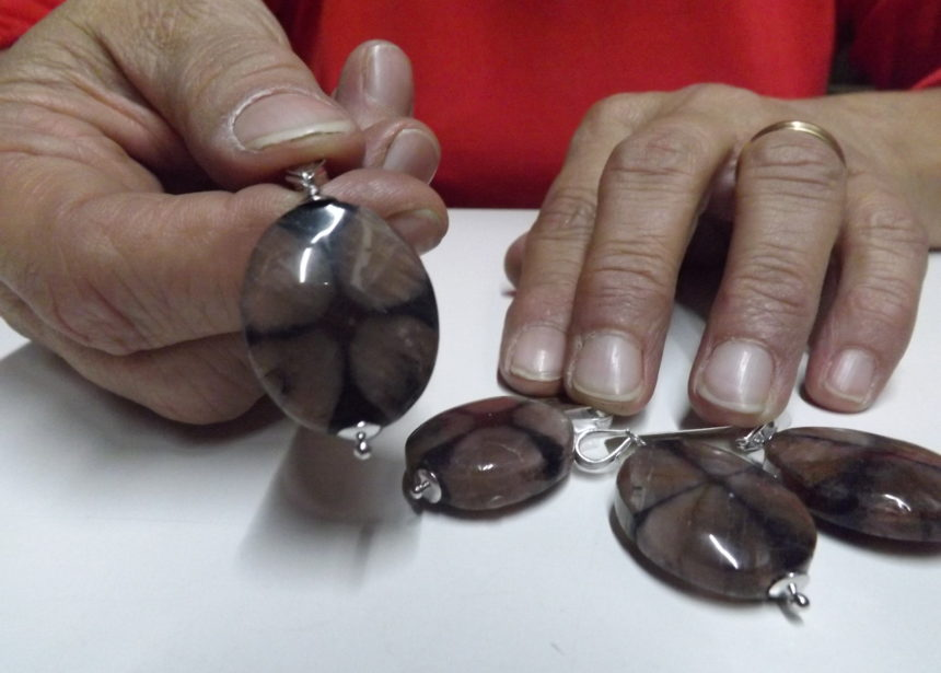 Ciondolo argento 925 chiastolite – pietra della croce