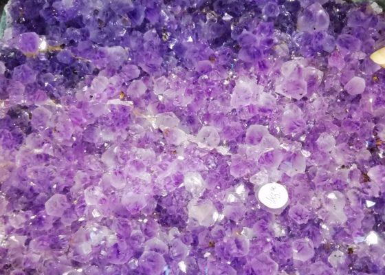Viola: ametista, charoite, fluorite…